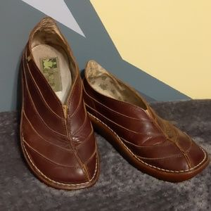 El Naturalista Leather Shoes